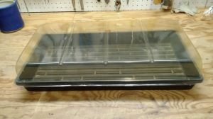 Seed tray and clear cover